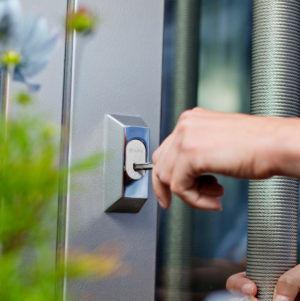 iloq S10 indsæt nøgle